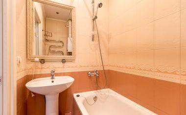 3-комнатная, 68 м²– 9