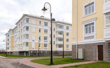 1-комнатная, 43.68 м²– 3