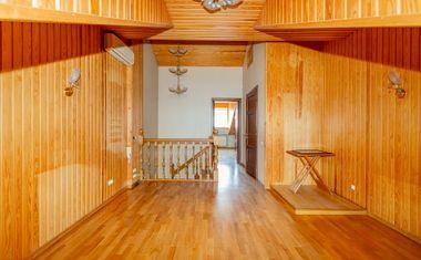 5-комнатная, 161.75 м²– 4