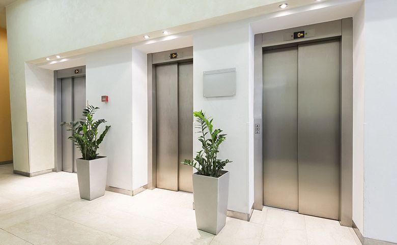 Бесшумные скоростные лифты фирмы «Otis»