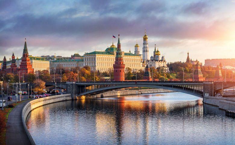 10 минут на транспорте до Красной площади