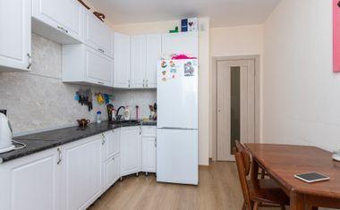 1-комнатная, 37.79 м²– 3