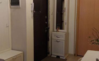 3-комнатная, 81 м²– 6