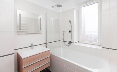 4-комнатная, 160.4 м²– 4