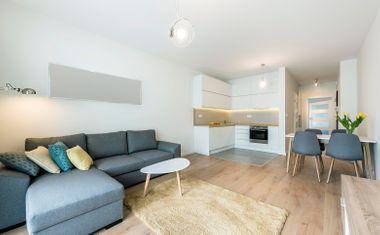 2-комнатная, 141.78 м²– 3