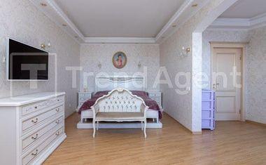 2-комнатная, 81.6 м²– 3