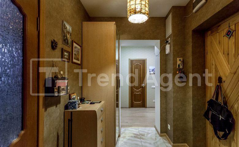 3-комнатная квартира, 71.3 м², 1 этаж – 9