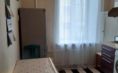 3-комнатная, 85.4 м²– 4