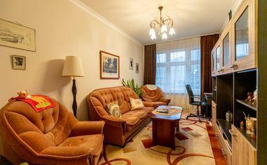 2-комнатная, 65 м²– 1