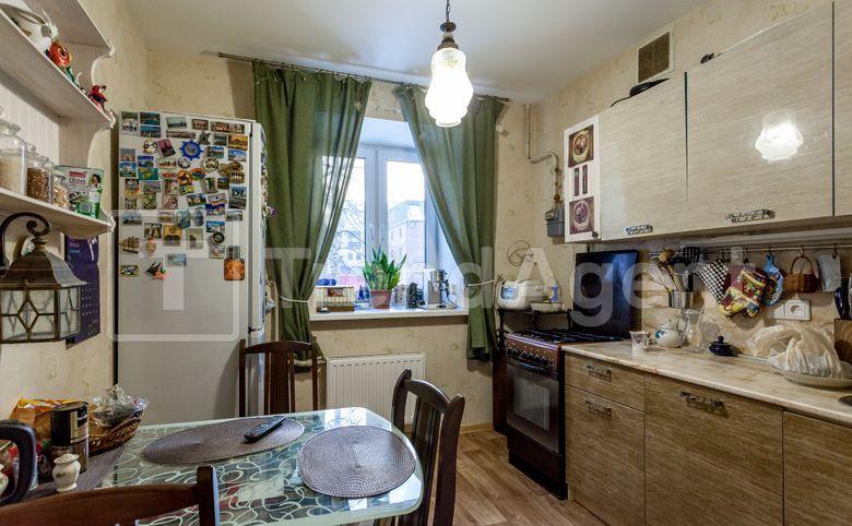 3-комнатная квартира, 71.3 м², 1 этаж – 7